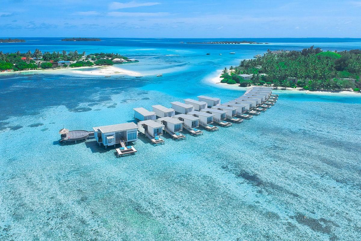 Holiday Inn Resort® Kandooma Maldives