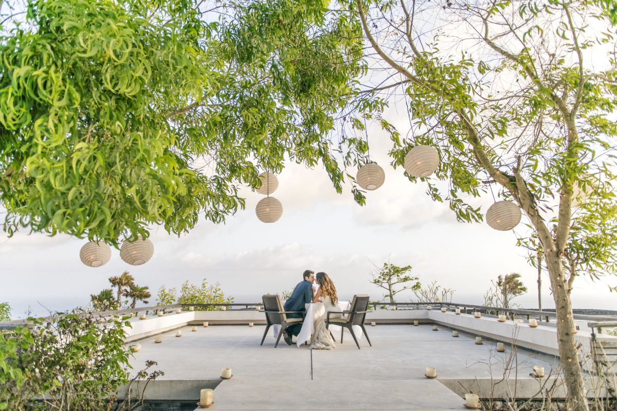 10 Unique And Amazing Wedding Resorts In Bali Voucher Resort Four Seasons At Sayan Equally Home Planning A Simple Small Ceremony Or An Extravaganza Fit For Royalty The Events Planners This