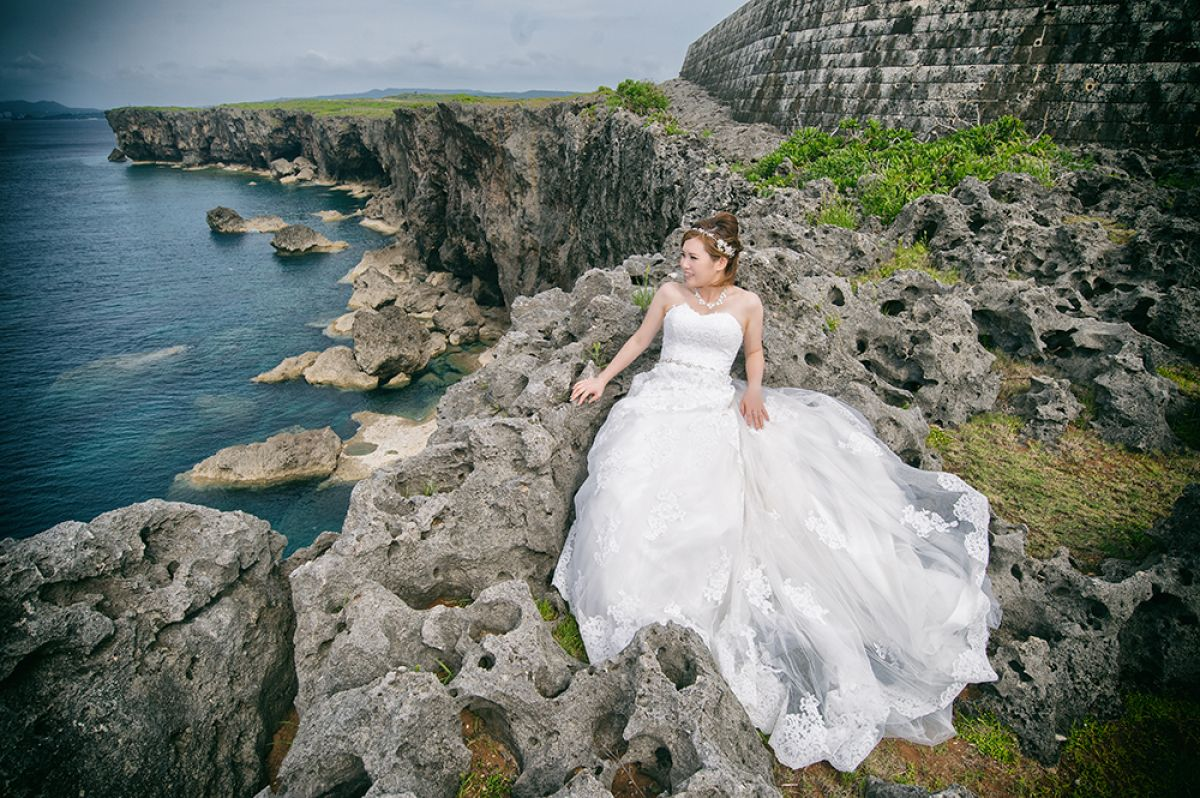 Blue Skies of Okinawa Presents Picture-Perfect Photoshoot