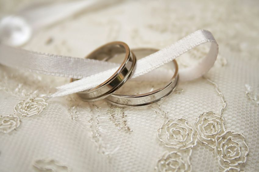 Lin ting singapore wedding bands