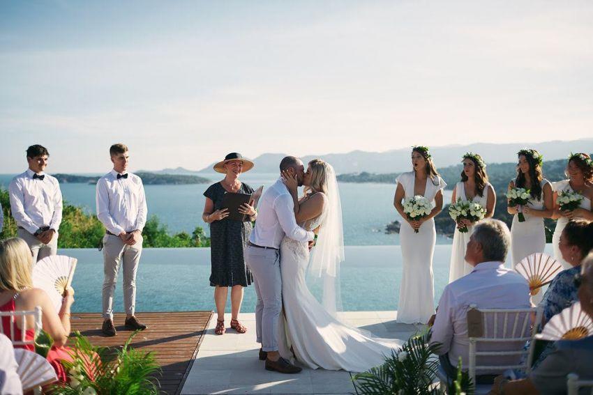 Lotus & Lace Weddings