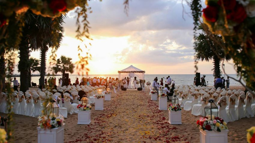 Ravindra Beach Resort Spa Wedding Venues In Pattaya Hitchbird