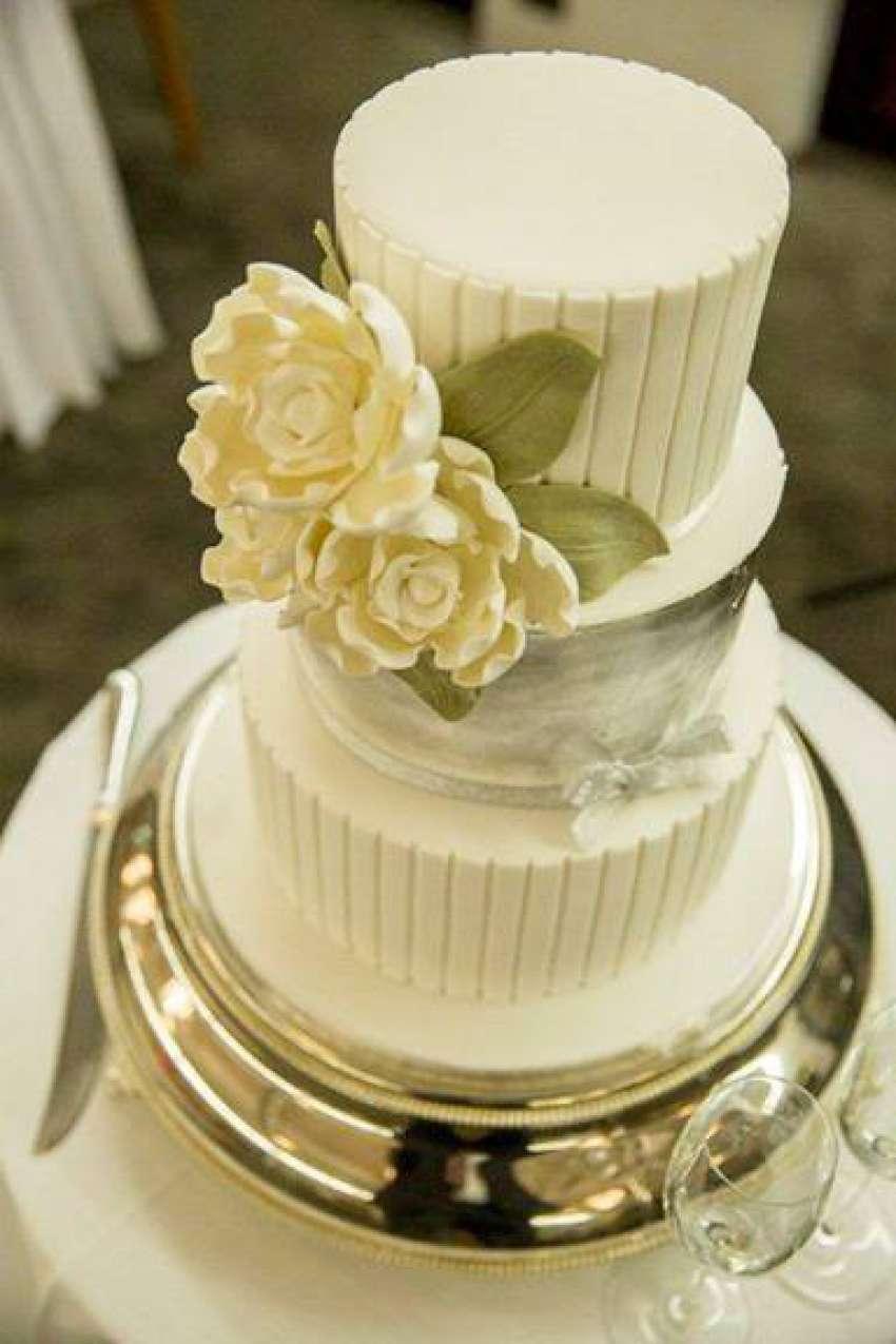 Swissotel sydney wedding cakes