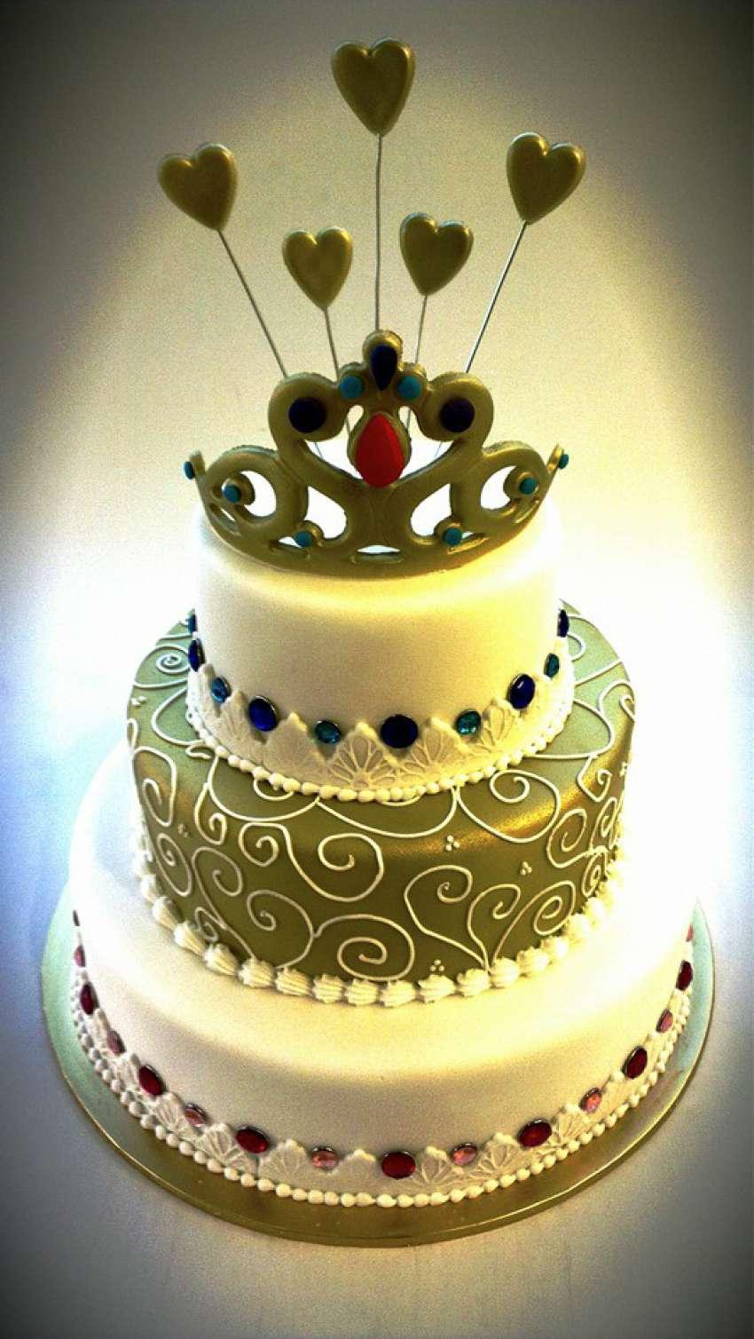 Wedding cakes in Penang, Malaysia | Hitchbird