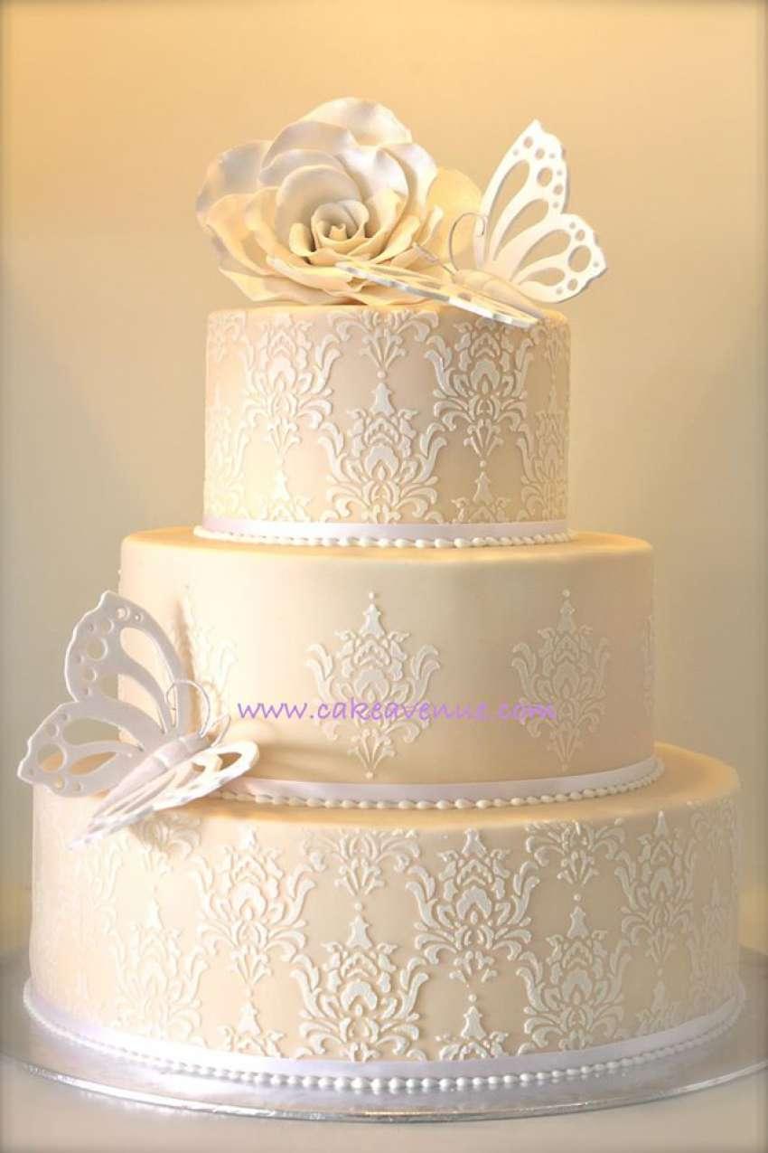 Cake Avenue | Wedding cakes Singapore | Hitchbird