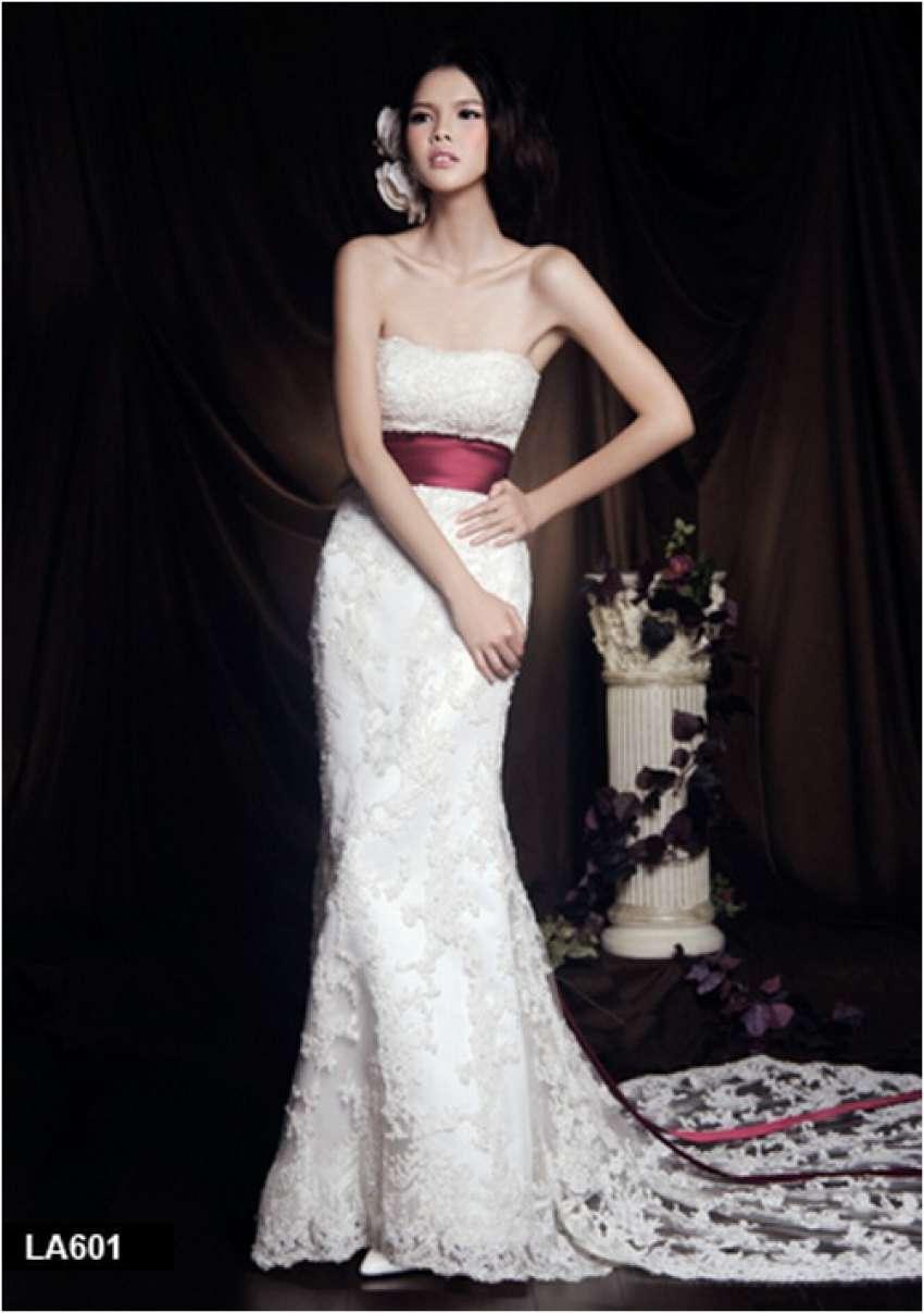 Ido Wedding | Wedding dresses & gowns Bangkok | Hitchbird