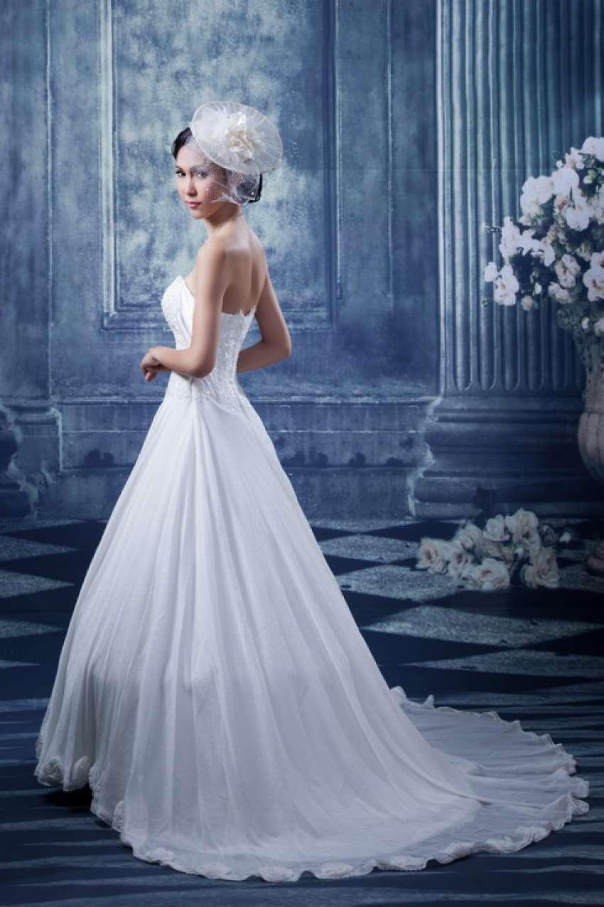 Wedding dresses & gowns in Hua Hin, Thailand | Hitchbird
