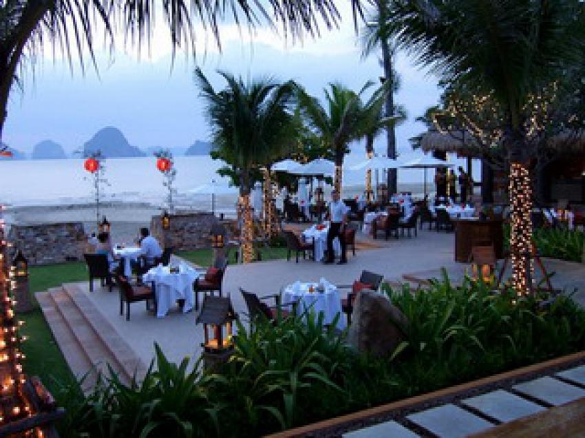 Amari Vogue Resort